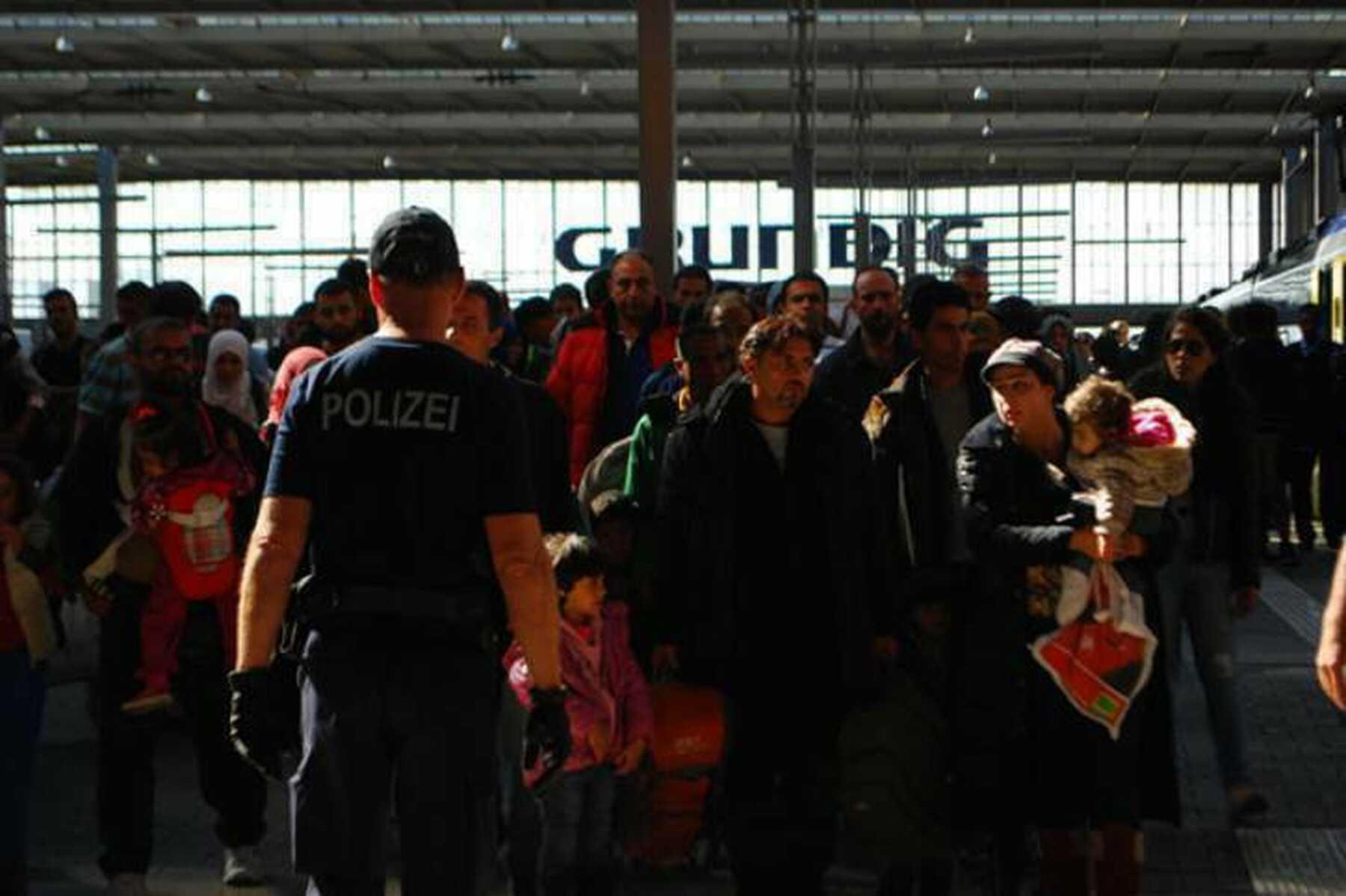 """""""Commissie mag niet langer wachten met solidaire voorstellen rond migratie"""""""